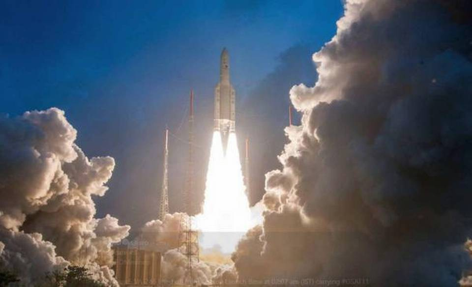 indias-heaviest-satellite-gsat-11-is-aloft-in-space-from-kourou