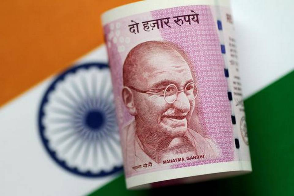 rupee-tumbles-67-paise-to-7209-against-us-dollar-in