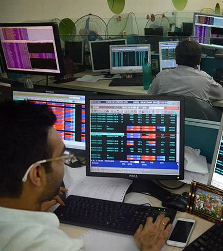sensex-nifty-cautious-in-early-trade-amid-weak-global-cues
