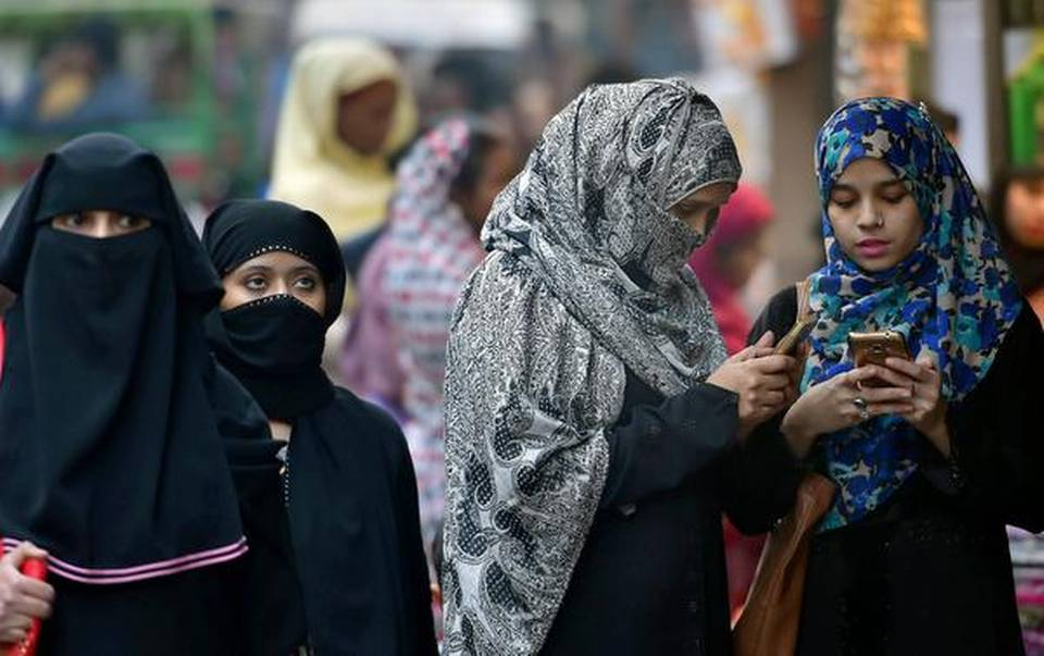 union-cabinet-clears-fresh-bill-to-ban-instant-triple-talaq