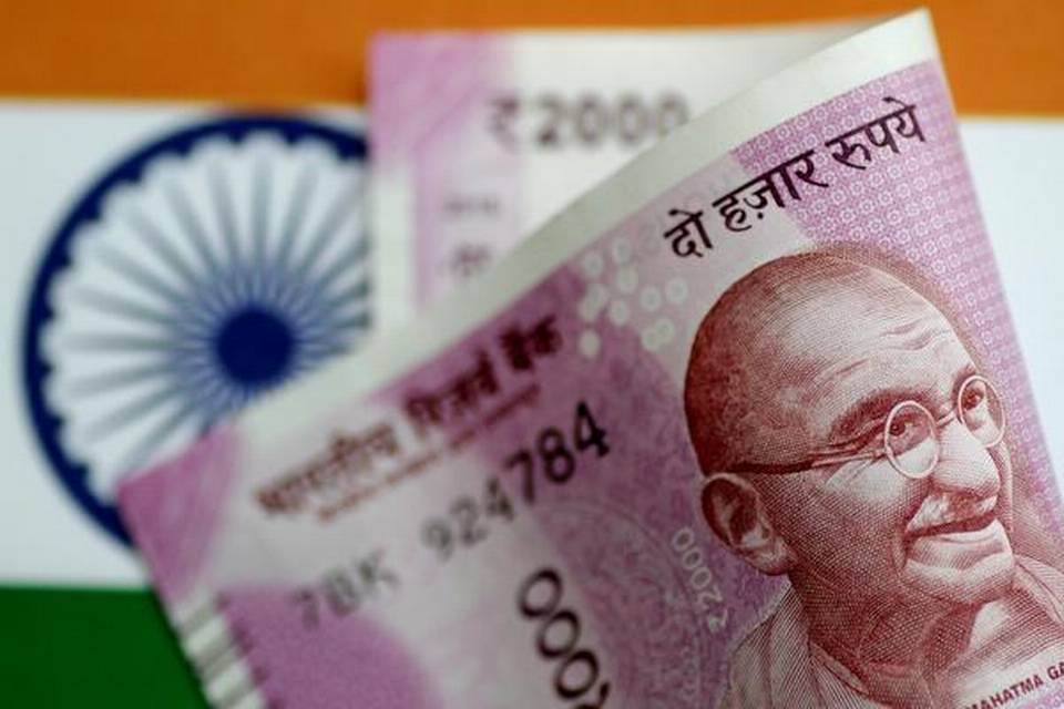 rupee-rises-28-paise-to-7074-against-usd-in-early